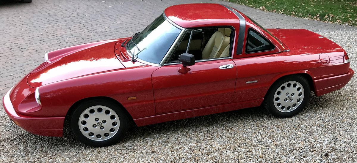 1990 Alfa Romeo Spider 2.0,  Stunning Car With Hard Top For Sale (picture 2 of 6)