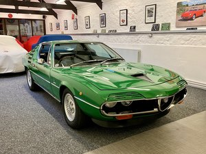 Picture of 1976 Alfa Romeo Montreal RHD