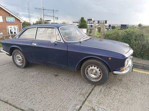 Picture of 1974 Rhd alfa gt 2000 veloce, for restoration