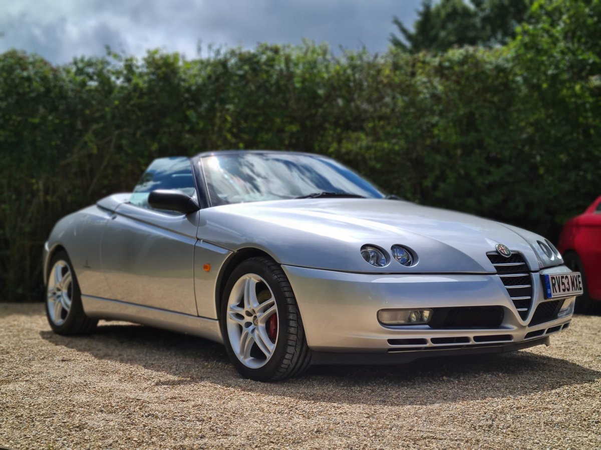 2003 Alfa Romeo 916 Spider 3.2 V6 - GTA Spec SOLD (picture 2 of 6)
