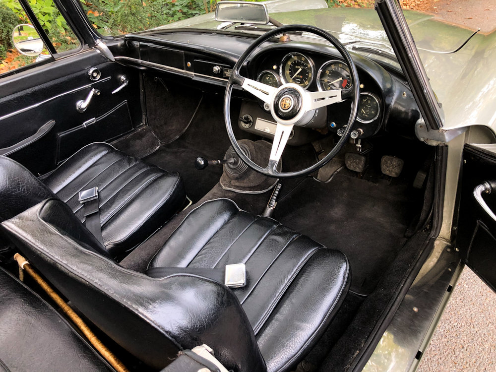 1964 Alfa Romeo 2600 Spider For Sale (picture 6 of 24)