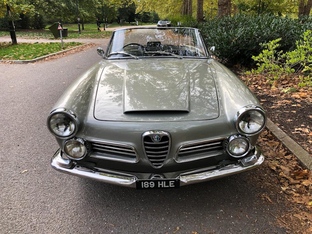 1964 Alfa Romeo 2600 Spider For Sale (picture 10 of 24)