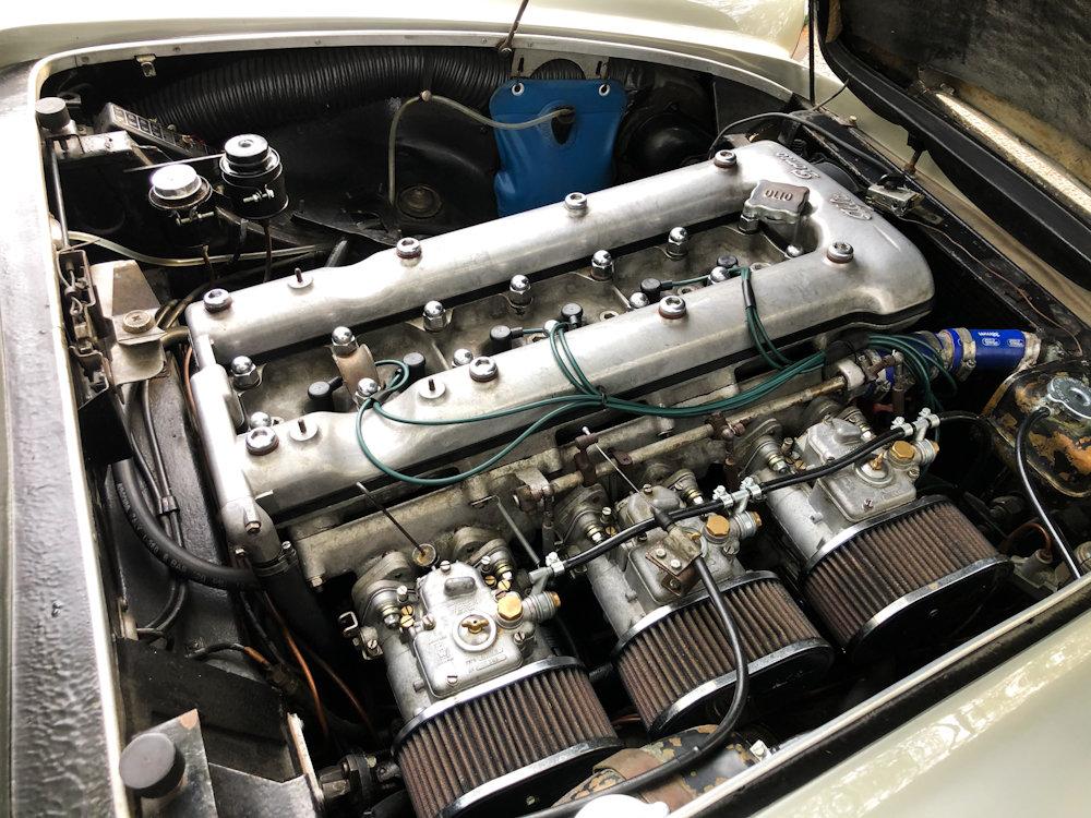 1964 Alfa Romeo 2600 Spider For Sale (picture 14 of 24)