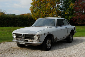 Picture of 1972 Alfa Romeo Giulia GT 1.3 Junior