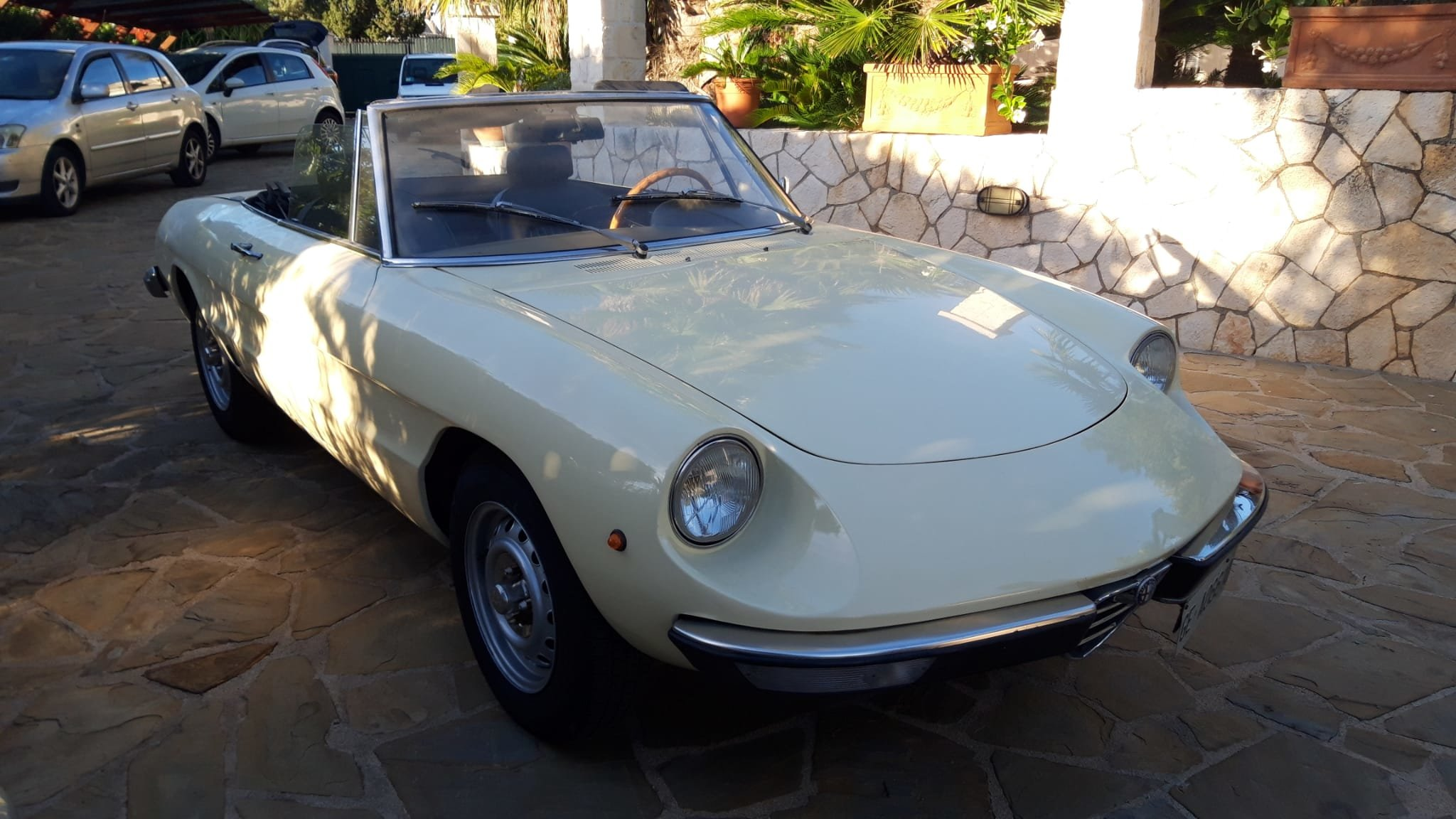 1976 Alfa Romeo Spider Duetto coda tronca 1300 For Sale (picture 1 of 9)