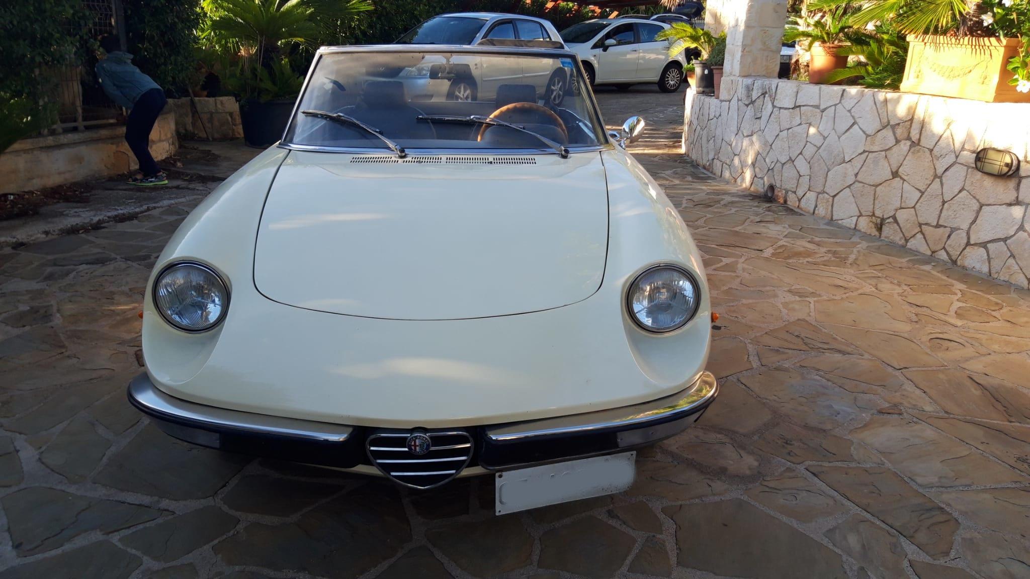 1976 Alfa Romeo Spider Duetto coda tronca 1300 For Sale (picture 2 of 9)
