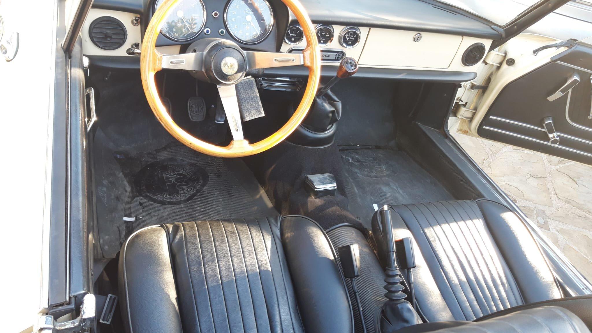 1976 Alfa Romeo Spider Duetto coda tronca 1300 For Sale (picture 7 of 9)