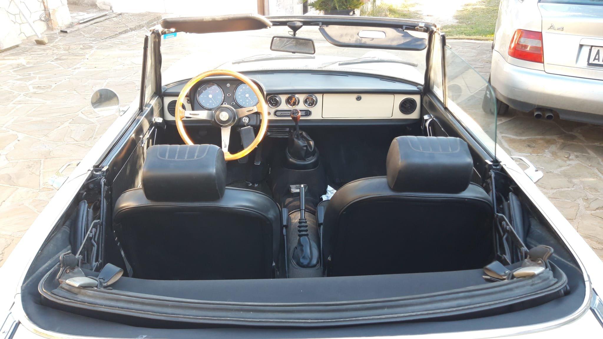 1976 Alfa Romeo Spider Duetto coda tronca 1300 For Sale (picture 8 of 9)