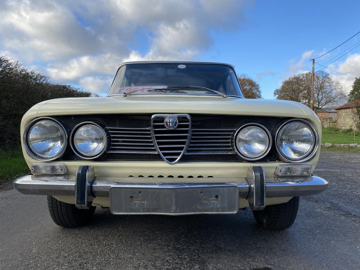 1971 Rare Alfa Berlina 1750 For Sale (picture 2 of 6)
