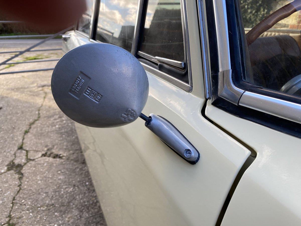 1971 Rare Alfa Berlina 1750 For Sale (picture 5 of 6)