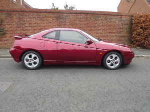 Picture of 1998 GTV A useable appreciating classic car