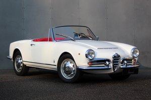 Picture of 1962 Alfa Romeo Giulietta 1300 Spider LHD For Sale