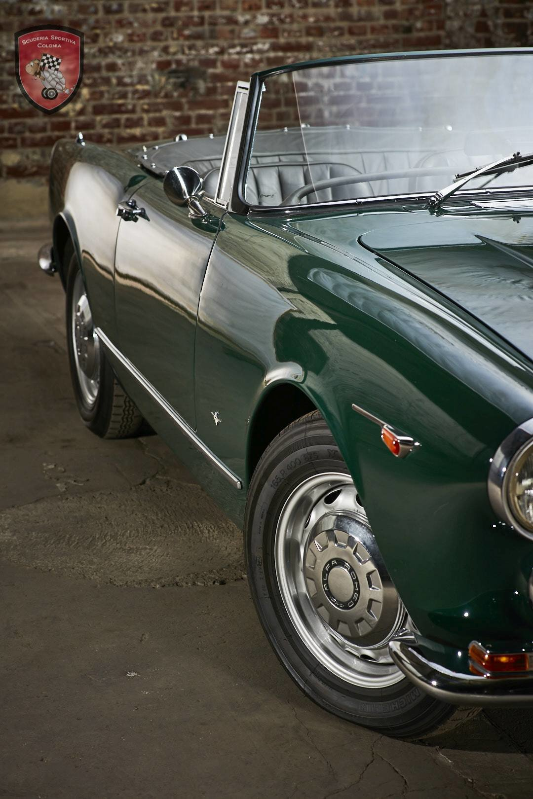 1965 Alfa Romeo 2600 spider Touring For Sale (picture 3 of 12)