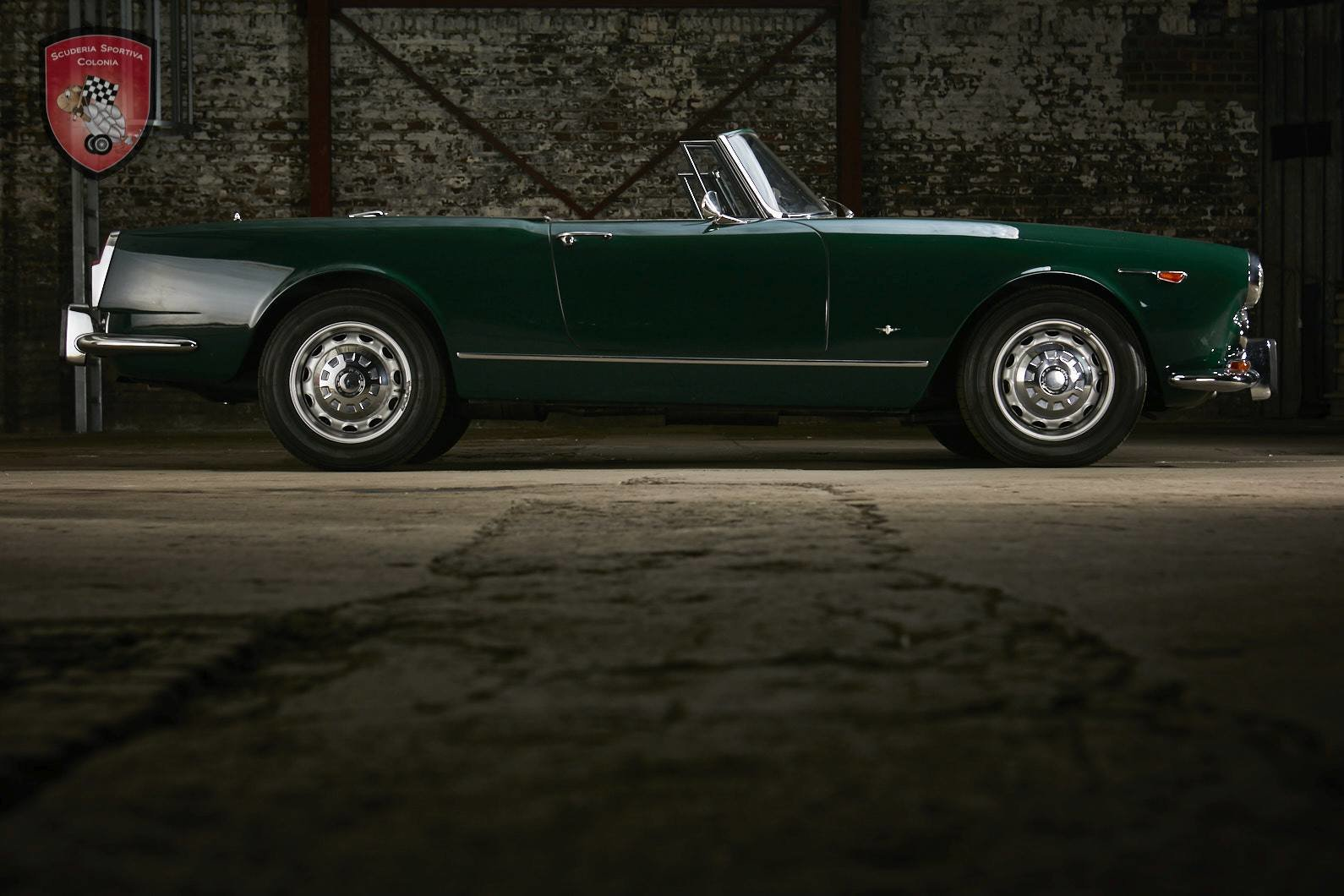 1965 Alfa Romeo 2600 spider Touring For Sale (picture 5 of 12)