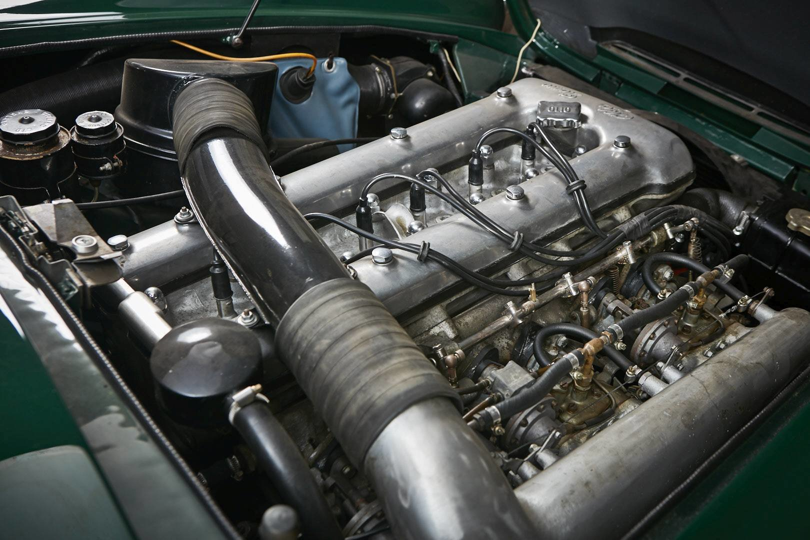 1965 Alfa Romeo 2600 spider Touring For Sale (picture 12 of 12)
