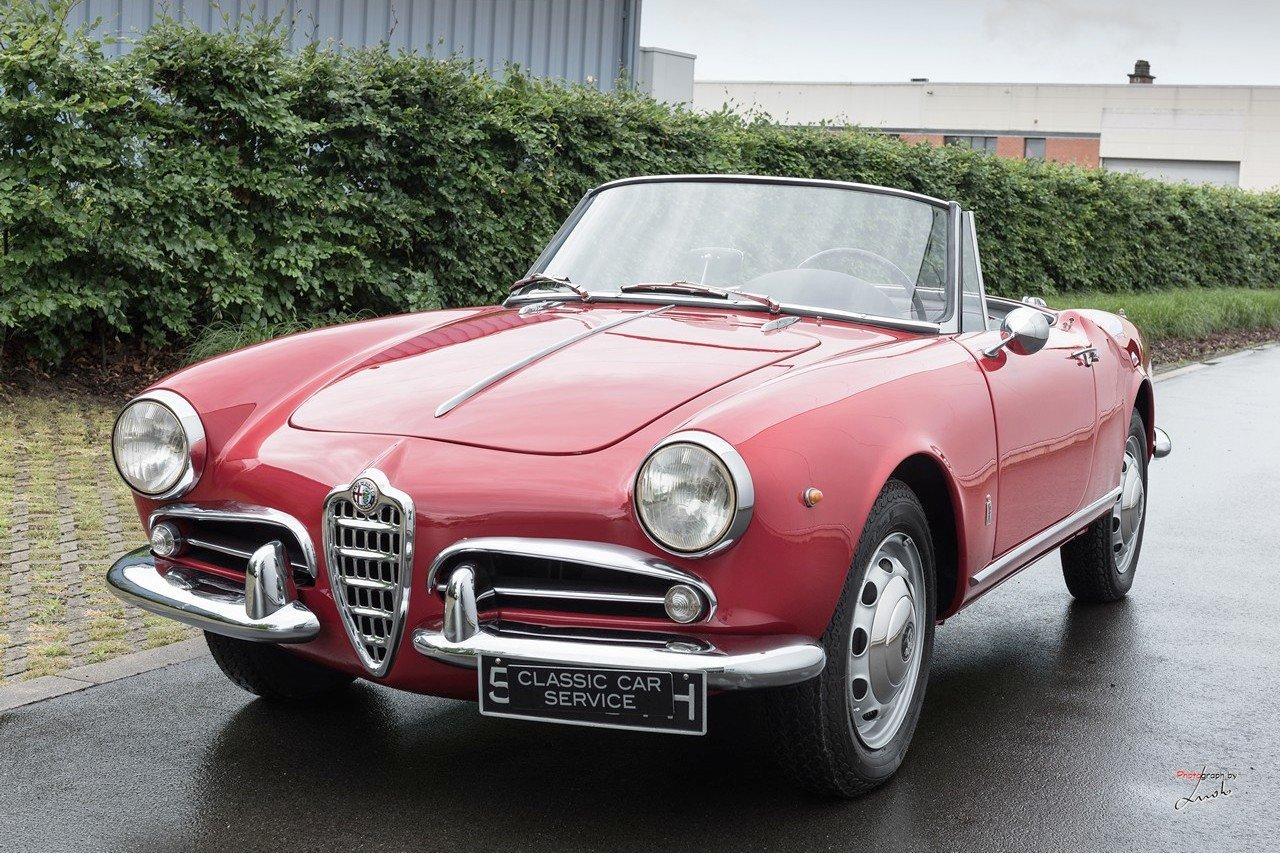 1961 Alfa Romeo Giulietta Spider For Sale (picture 1 of 27)
