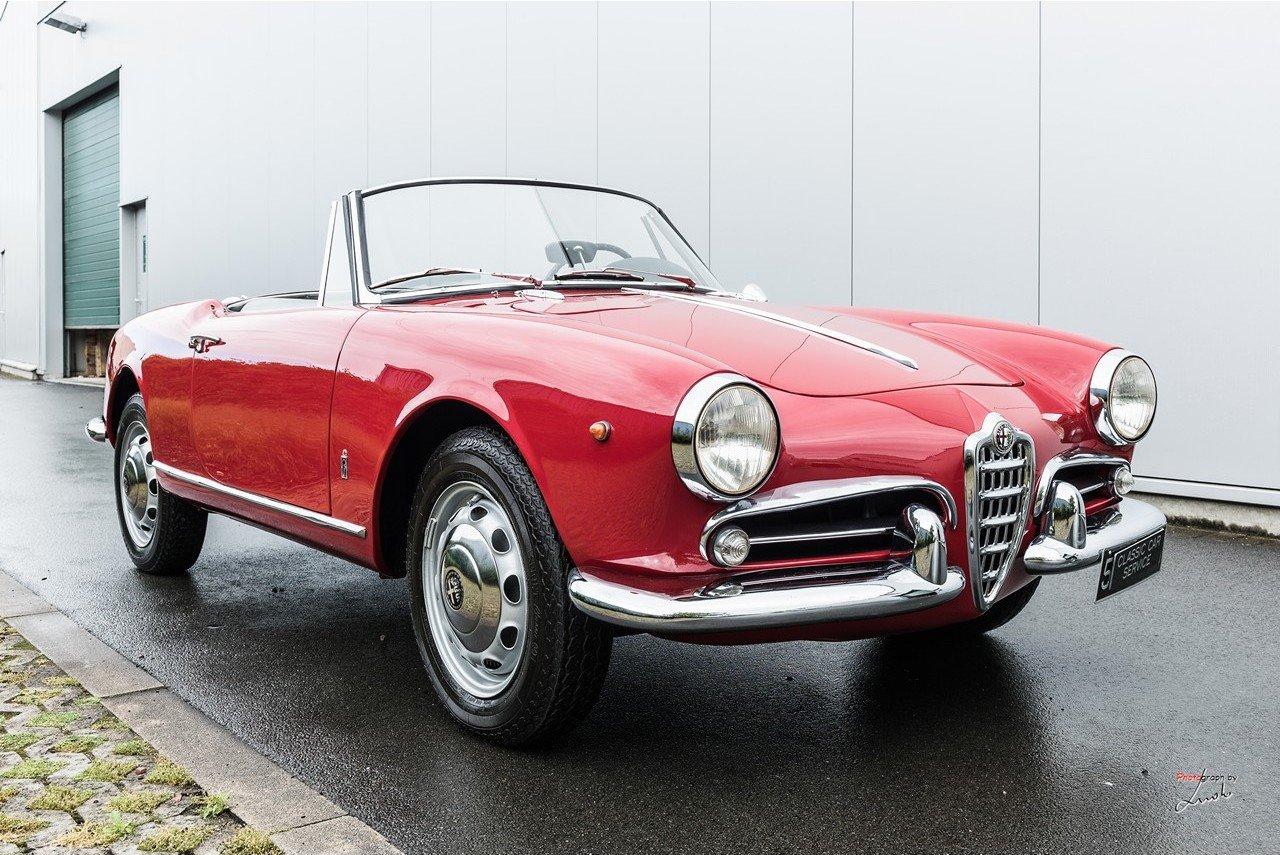 1961 Alfa Romeo Giulietta Spider For Sale (picture 9 of 27)