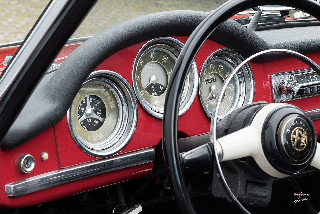 1961 Alfa Romeo Giulietta Spider For Sale (picture 15 of 27)