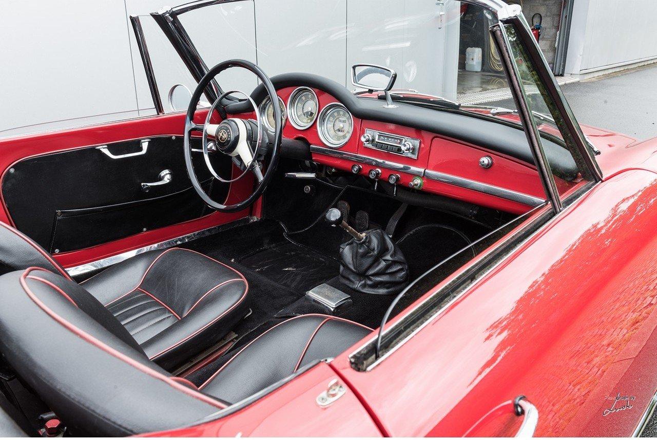 1961 Alfa Romeo Giulietta Spider For Sale (picture 19 of 27)