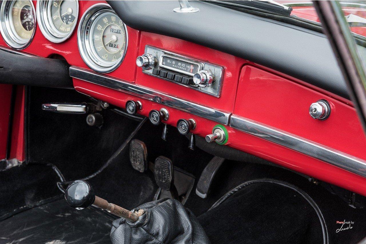1961 Alfa Romeo Giulietta Spider For Sale (picture 20 of 27)