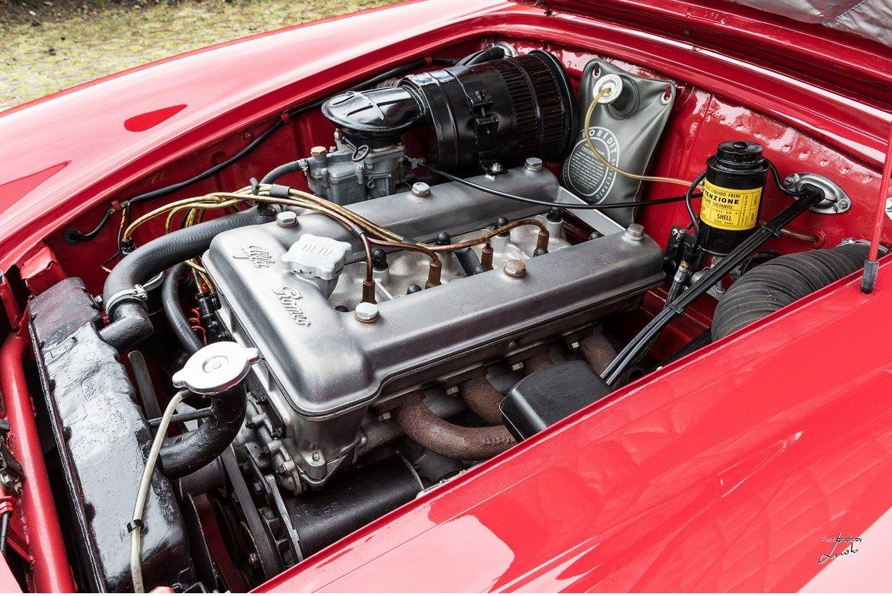 1961 Alfa Romeo Giulietta Spider For Sale (picture 23 of 27)
