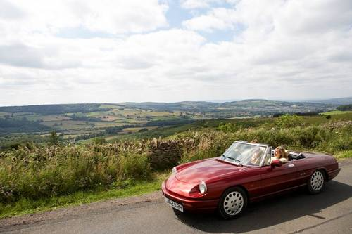 1992 Alfa Romeo Spider in the Cotswolds For Hire (picture 1 of 6)