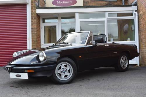 Alfa Romeo Spider Veloce 2.0 1990 For Sale (picture 2 of 6)