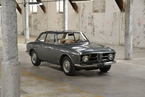 1969 ALFA ROMEO GIULIA GT 1300 JUNIOR for sale For Sale (picture 4 of 6)