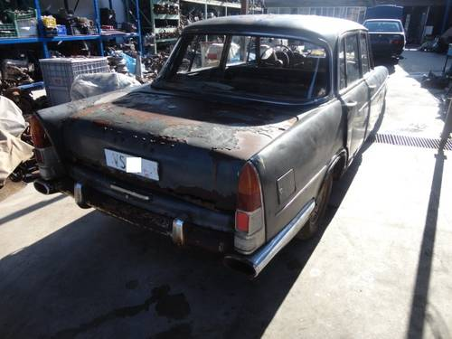 Alfa Romeo 2000 Berlina year 1967  For Sale (picture 5 of 6)