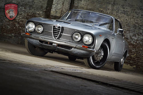 1967 Alfa Romeo 2600 Sprint Coupe  SOLD (picture 1 of 6)