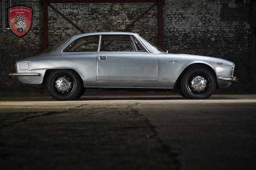 1967 Alfa Romeo 2600 Sprint Coupe  SOLD (picture 6 of 6)