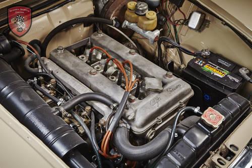 1972 Alfa Romeo Giulia Super 1.3 in top condition SOLD (picture 5 of 6)
