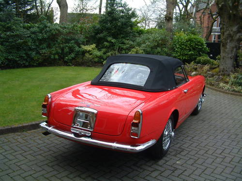 1964 Alfa Romeo 2600 Spider by Touring of Milan LHD £149,950 For Sale (picture 2 of 6)