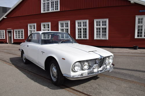 Alfa Romeo 2600 Sprint - 1965 For Sale (picture 1 of 6)