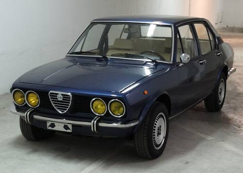 1973 Alfa Romeo Alfetta 1.8, rare blue met./magnolia For Sale (picture 1 of 6)