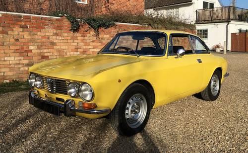 1972 Alfa Romeo 2000 GTV - RHD - Stunning SOLD (picture 1 of 6)
