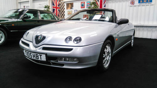 1999 Alfa Romeo Spider 2.0 T Spark 29k mls from new & superb SOLD (picture 2 of 6)