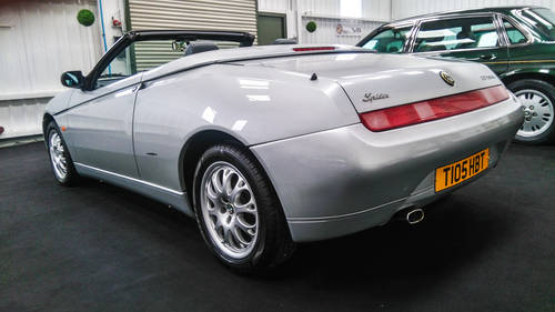 1999 Alfa Romeo Spider 2.0 T Spark 29k mls from new & superb SOLD (picture 3 of 6)