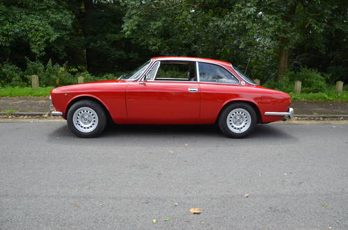 1974 Stunning Alfa GTV  For Sale (picture 1 of 6)