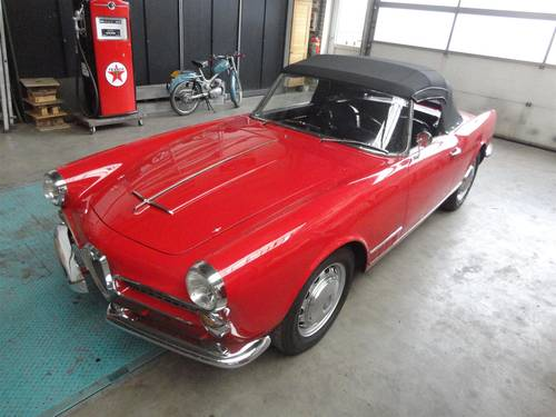1961 Alfa Romeo 2000 Touring Spider For Sale (picture 1 of 6)