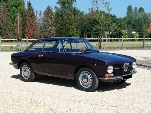 Alfa-Romeo Junior GT 1600 Bertone, lhd, 1972 For Sale (picture 1 of 6)