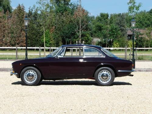 Alfa-Romeo Junior GT 1600 Bertone, lhd, 1972 For Sale (picture 3 of 6)