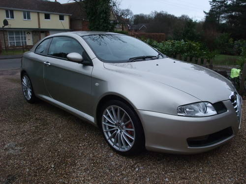 2006 Alfa GT v6 Q2 diff low mileage modern classic For Sale (picture 1 of 6)
