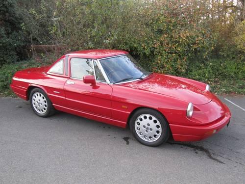 1990 Alfa Romeo 2.0 Spider - RHD SOLD (picture 1 of 6)