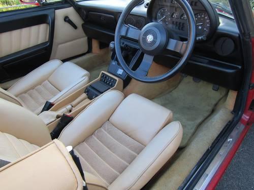 1990 Alfa Romeo 2.0 Spider - RHD SOLD (picture 5 of 6)