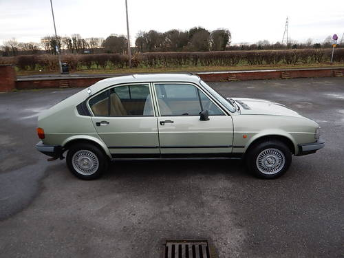 1982 ALFA ROMEO ALFASUD 1.5Ti Gold Cloverleaf  SOLD (picture 3 of 6)