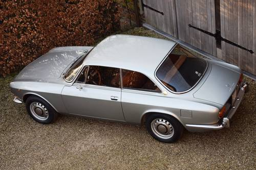 1970 Magnificent unrestored Alfa Romeo 1750 GT Veloce (LHD) For Sale (picture 3 of 6)
