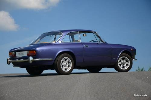 1972 Alfa Romeo 2000 GT Veloce For Sale (picture 2 of 6)