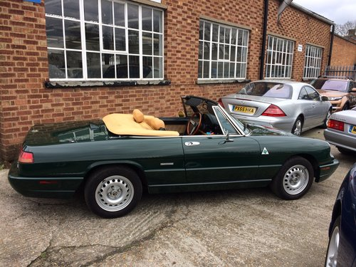 1993 Alfa Romeo Spider 2.0 S4 LHD Immaculate 55000 miles  SOLD (picture 3 of 6)