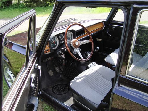 Alfa Romeo Giulia Super 1300 Series II For Sale (picture 4 of 6)